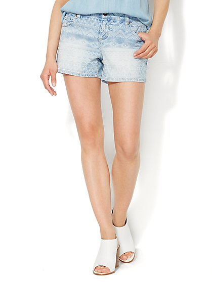 Soho Jeans Graphic-Print Short - Festival Blue Wash - New York & Company