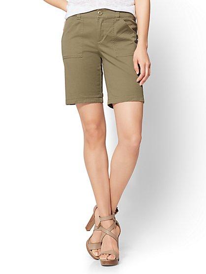 """Soho Jeans - Hampton 7"""" Short - New York & Company"""