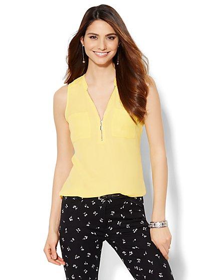 Soho Jeans - Hi-Lo Zip-Front Shell - Solid  - New York & Company