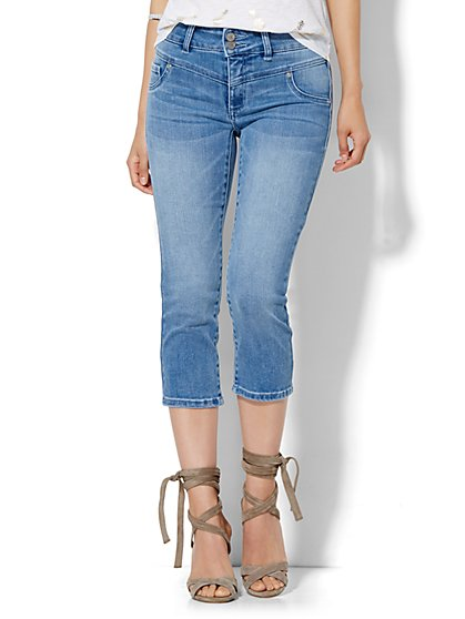 Soho Jeans High-Waist Crop Legging - Loyal Blue Wash  - New York & Company