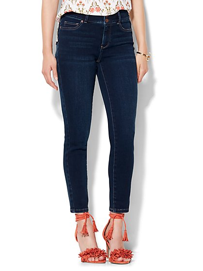 Soho Jeans High-Waist Curvy Ankle Legging - Highland Blue Wash  - New York & Company
