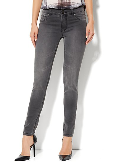 Soho Jeans High-Waist Legging - Cavern Grey Wash - New York & Company