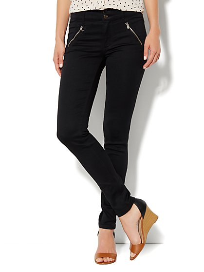 Soho Jeans High-Waist Legging - Zip Pocket - New York & Company