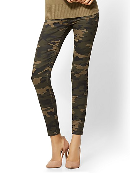 Soho Jeans - High-Waist Pull-On Legging - Camouflage Print - New York & Company