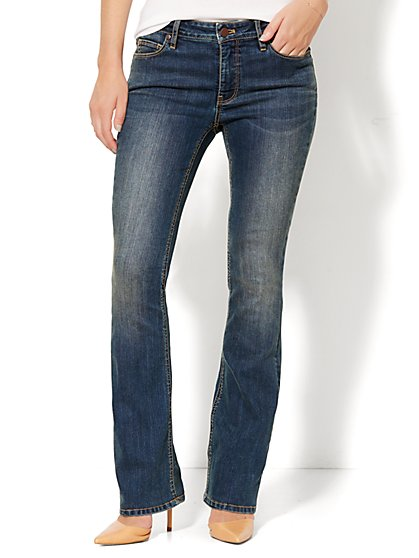 Soho Jeans - Instantly Slimming - Curvy Bootcut - Parade Blue Wash - Petite - New York & Company