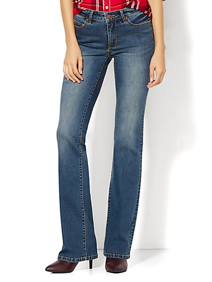 Soho Jeans - Instantly Slimming - Curvy Bootcut - Parade Blue Wash - Tall - New York & Company