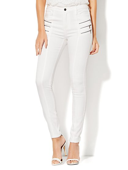 Soho Jeans - Jennifer Hudson Zip-Accent Seamed High-Waist Curvy Legging - White  - New York & Company
