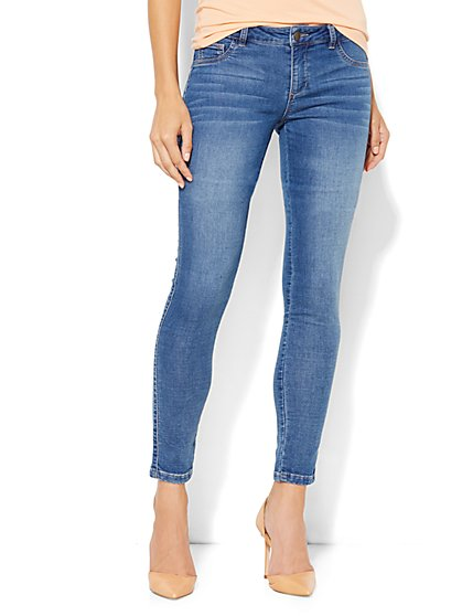 Soho Jeans Knit Denim Ankle Jean - Medium Seaside Wash  - New York & Company