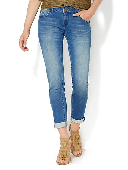 Soho Jeans - Knit Denim - Boyfriend - Wild Blue Wash  - New York & Company