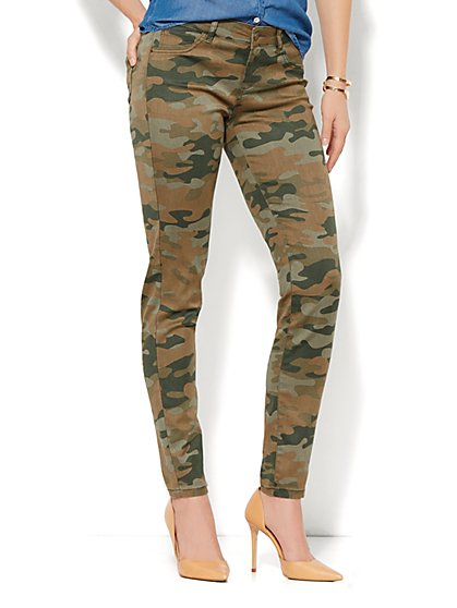 Soho Jeans - Legging – Camouflage Print - New York & Company