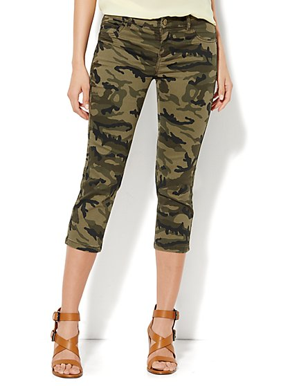 Soho Jeans Legging - Crop - Camouflage  - New York & Company