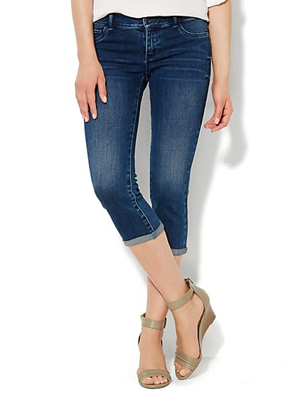 Soho Jeans Legging - Crop - Howling Blue Wash  - New York & Company