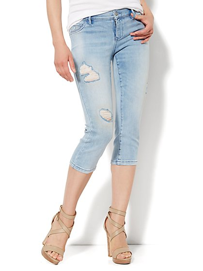 Soho Jeans Legging - Crop - Iceberg Blue Wash  - New York & Company