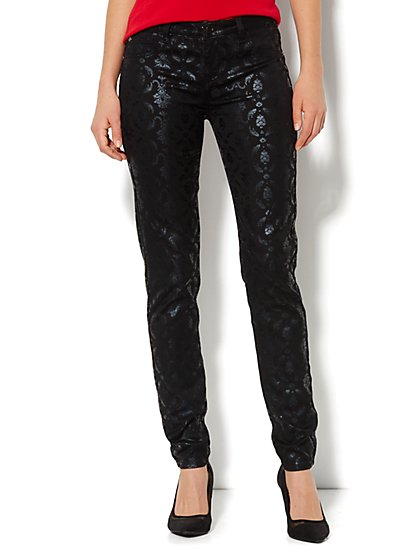 Soho Jeans Legging - Metallic Black Scroll - New York & Company