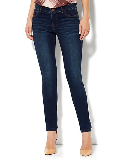 Soho Jeans Legging - Theatrical Blue Wash - Average - New York & Company