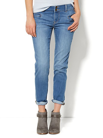 Soho Jeans - New York Boyfriend - Blue Rebel Wash  - New York & Company