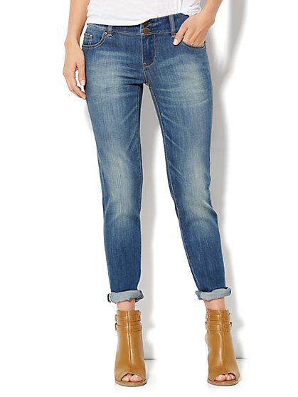 Soho Jeans New York Boyfriend - Burning Blue Wash - New York & Company