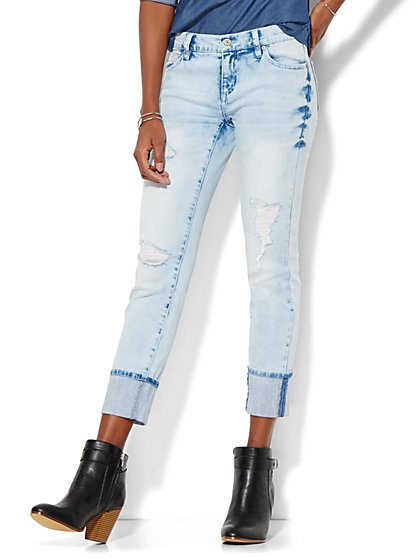 Soho Jeans - New York Boyfriend Extreme Cuff - Iceberg Blue Wash  - New York & Company