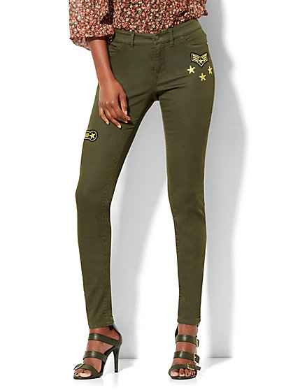 Soho Jeans - Patch-Accent 5-Pocket Legging - Woodland Green  - New York & Company