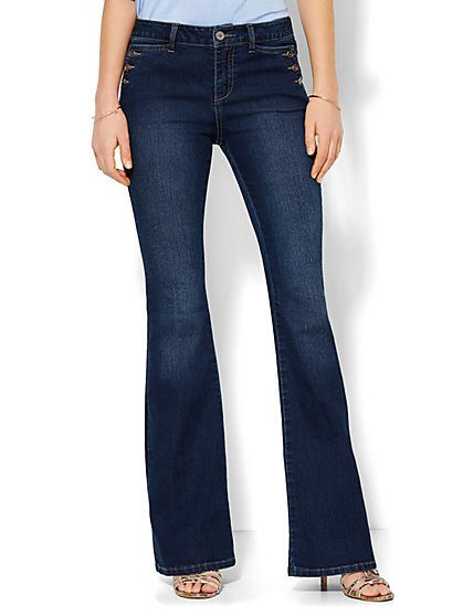 Soho Jeans - Sailor Flare - Theatrical Blue Wash - Petite  - New York & Company