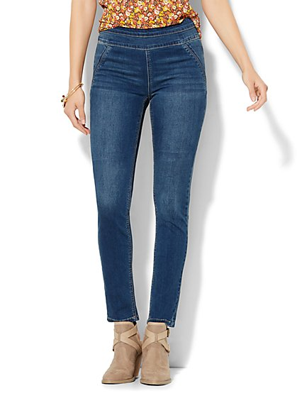 Soho Jeans - SuperStretch High-Waist Pull-On Legging - Laguna Blue Wash  - New York & Company