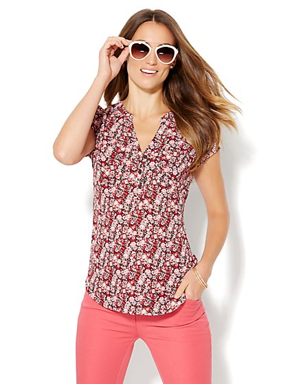 Soho Short Sleeve Soft Shirt - Burgundy - Floral  - New York & Company