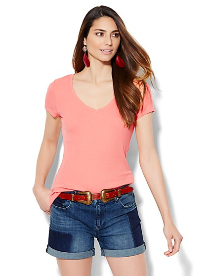 Soho Soft Ribbed Tee - Seamed Front  - New York & Company