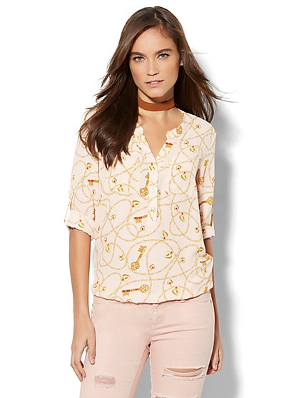 Soho Soft Shirt - Bubble Hem - Lock & Key Print - New York & Company