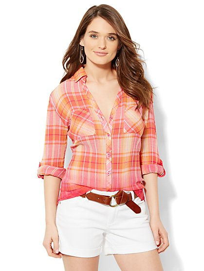 Soho Soft Shirt - Button-Front - Ombré Plaid  - New York & Company