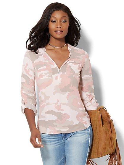 Soho Soft Shirt - Hi-Lo Zip Front - Camouflage Print - New York & Company