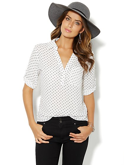 Soho Soft Shirt - One-Pocket Popover - Flocked Dot  - New York & Company