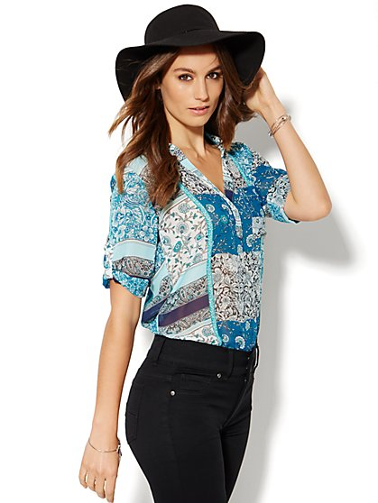 Soho Soft Shirt - One-Pocket Popover - Patchwork Print  - New York & Company