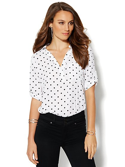 Soho Soft Shirt - One-Pocket Popover - Polka Dot  - New York & Company