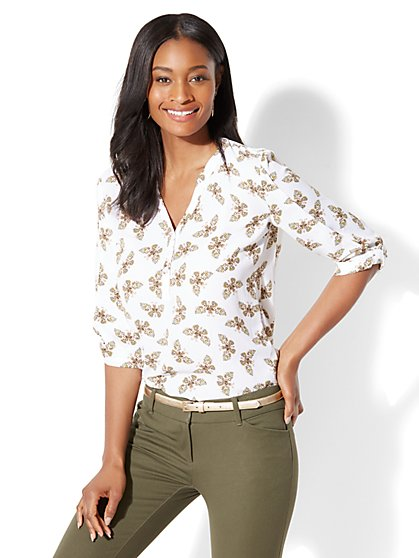 Soho Soft Shirt - Popover - Butterfly Print - New York & Company