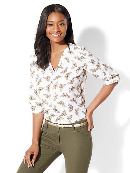 Soho Soft Shirt - Popover - Butterfly Print - New York & Company