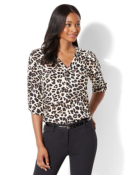 Soho Soft Shirt - Popover - Leopard Print - New York & Company
