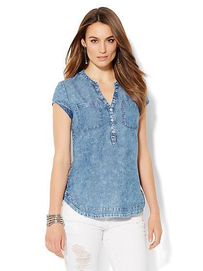 Soho Soft Shirt - Short Sleeve Ultra-Soft Chambray - Shockwave Blue Wash - New York & Company