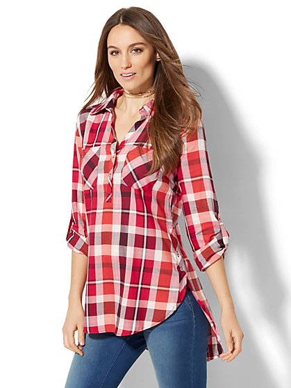 Soho Soft Shirt - Side-Button Hi-Lo Tunic - Metallic Plaid - New York & Company