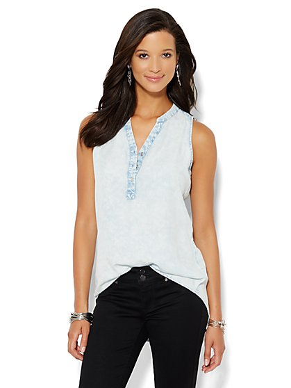 Soho Soft Shirt - Sleeveless - Cloudburst Blue Wash  - New York & Company