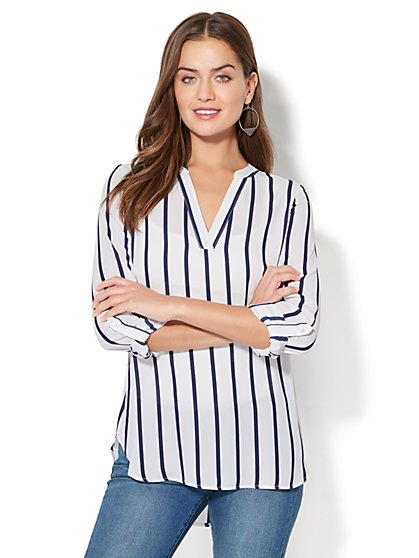 Soho Soft Shirt - Split-Neck Popover Blouse - Stripe - New York & Company