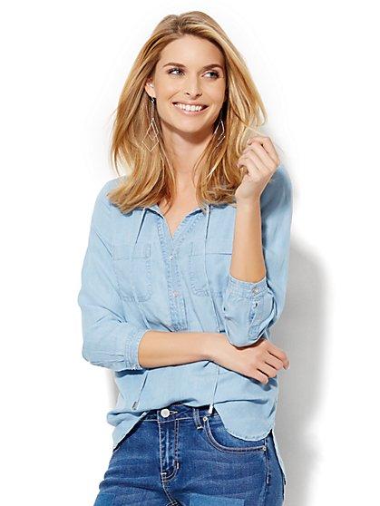 Soho Soft Shirt - Super-Soft Chambray Popover - Light Indigo  - New York & Company