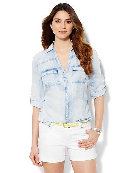 Soho Soft Shirt - Ultra-Soft Chambray - Cloud Burst Blue Wash  - New York & Company