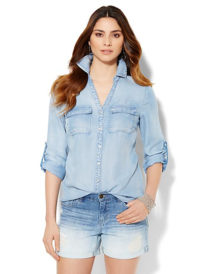 Soho Soft Shirt - Ultra-Soft Chambray - Waterfall Blue Wash - New York & Company