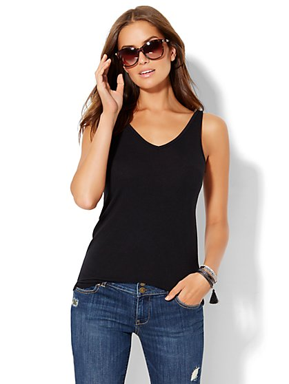 Soho Soft Tee - Flutter-Back V-Neck Tank Top - Black  - New York & Company