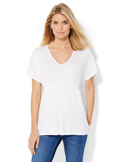 Soho Soft Tee - Tie-Waist V-Neck Tee - New York & Company