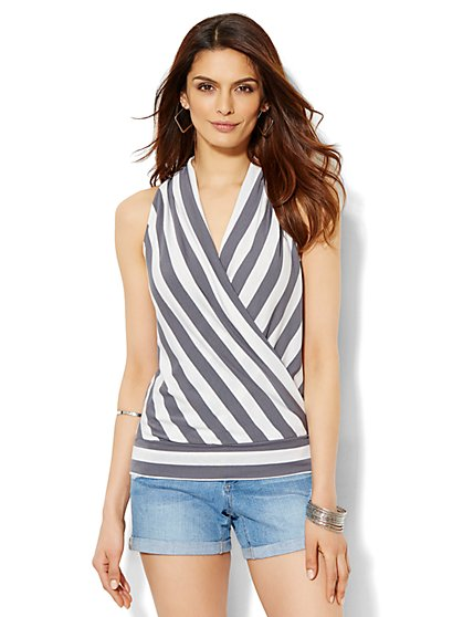 Soho Soft Tee - Wrap-Front V-Neck Top - Stripe  - New York & Company