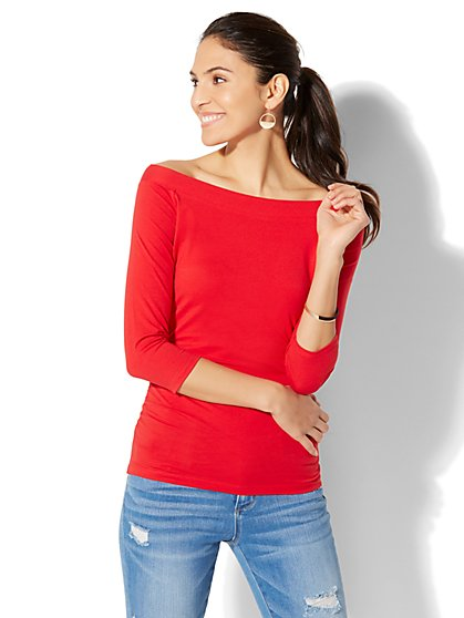 Soho Tee - Bateau-Neck Shirred Top - New York & Company