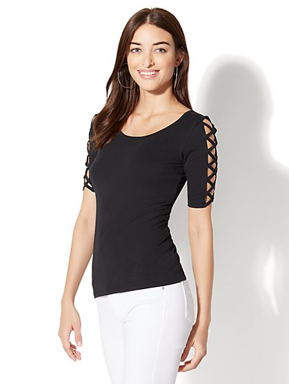 Soho Tee - Crisscross-Sleeve Scoopneck Top - New York & Company