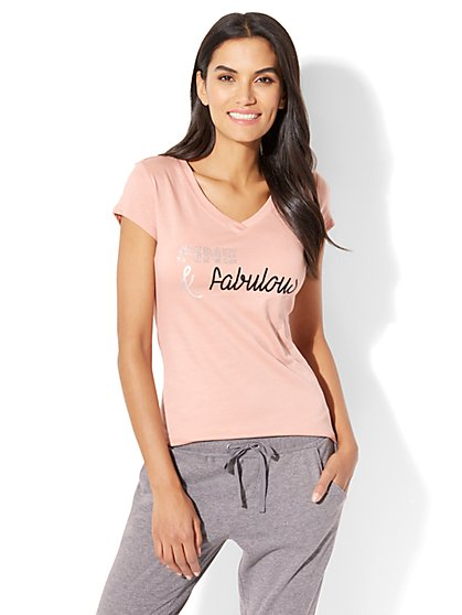 "Sparkling ""Fine & Fabulous"" Graphic Logo Tee - New York & Company"