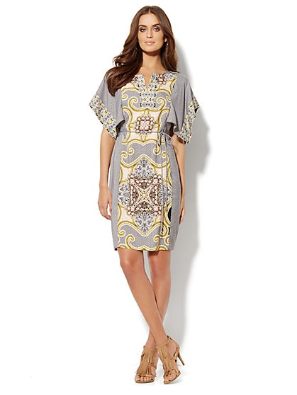 Split-Neck Caftan Dress - Medallion Print  - New York & Company